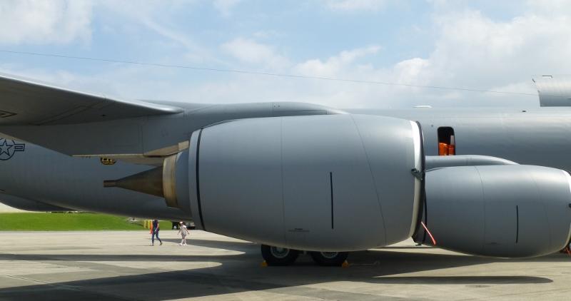 KC-135R_F108